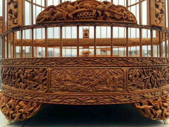 An exquisite Chinese bird cage with woodcarving -2