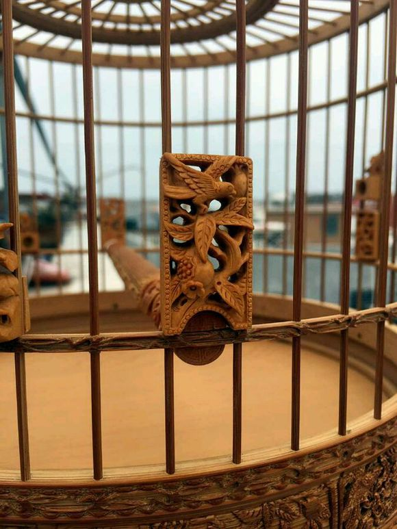 An exquisite Chinese bird cage with woodcarving -5
